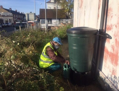 Network Rail join forces with Southern Water and a local community group to recycle rainwater and help the environment
