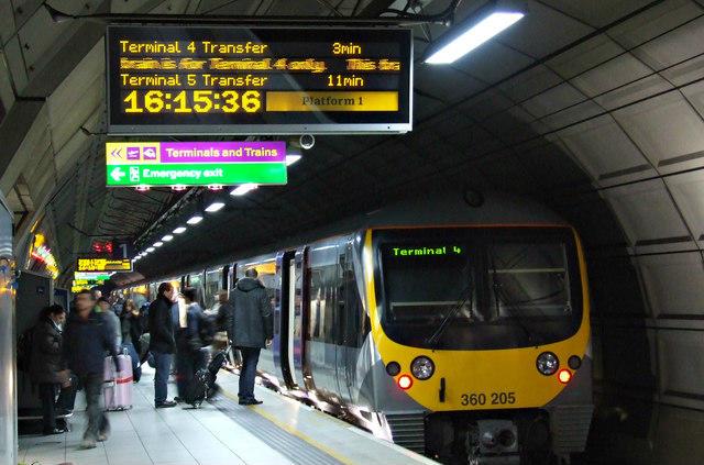Heathrow Express at Heathrow Terminal